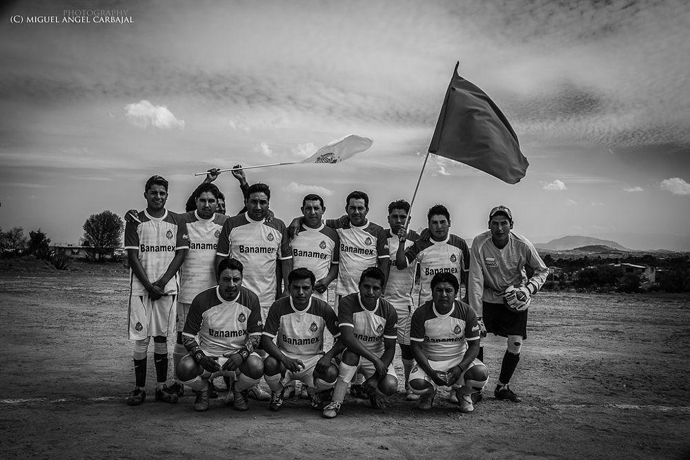 Photo in Sports #sports #deportes #rural #deportistas #retrato #mexico #blanco y negro