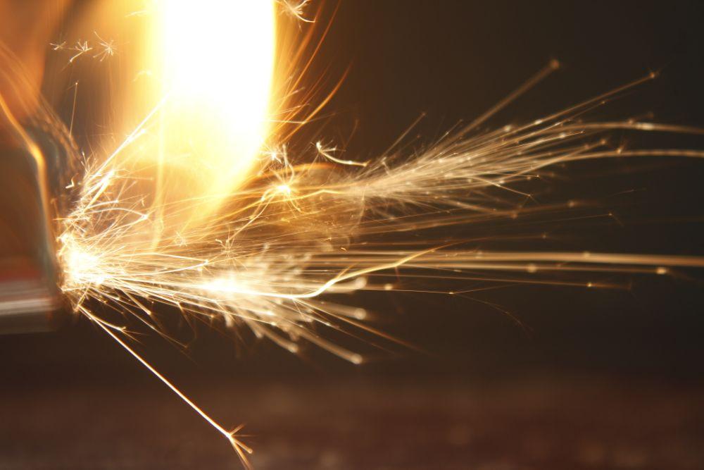 Photo in Random #fire #fuego #chispa #chispas #sparks #close up #acercamiento #pintar con luz