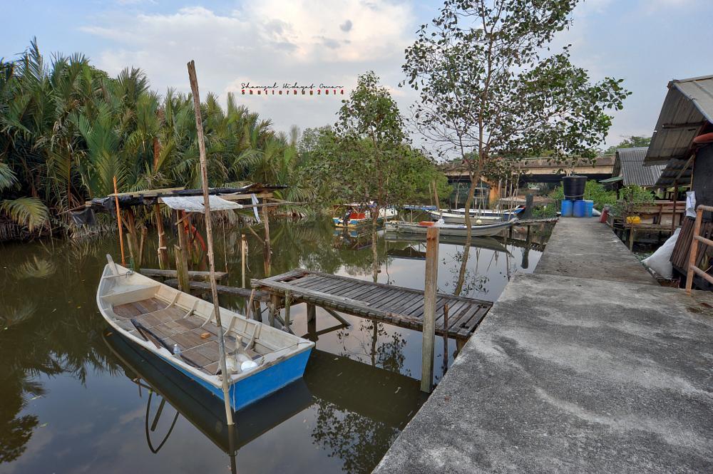 Photo in HDRI #malaysia #selangor #klang #kampung rantau panjang #pengkalan nelayan kunci air ra #fisherman #jetty #fishing #village #boat #river #mangrove tree #landscape #hdr #photography #nikon d3 #shamsul hidayat omar