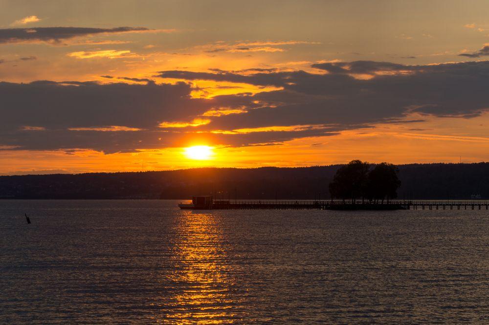 Photo in Landscape #sun #water #pier