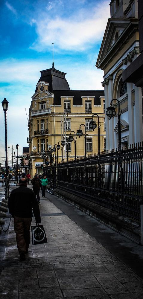 Photo in Street Photography #calle #personas #ciudad #edificios #rejas #focos #faroles