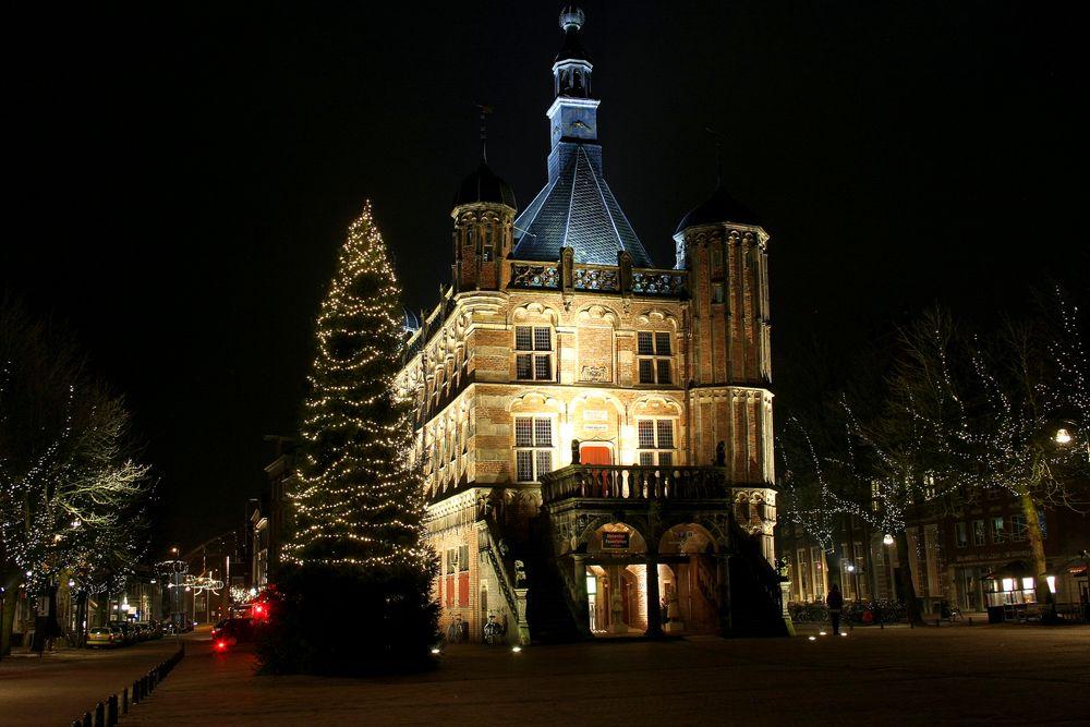 Photo in Cityscape #dewaag #deventer #museum #kerstmis #deventerbynight