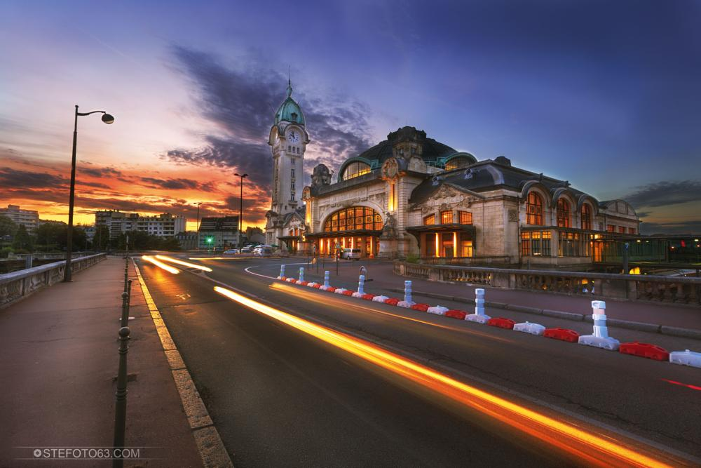Photo in HDRI #hdr #sunset #architecture #station #train #gare #city #cityscape #light #night #nightscape