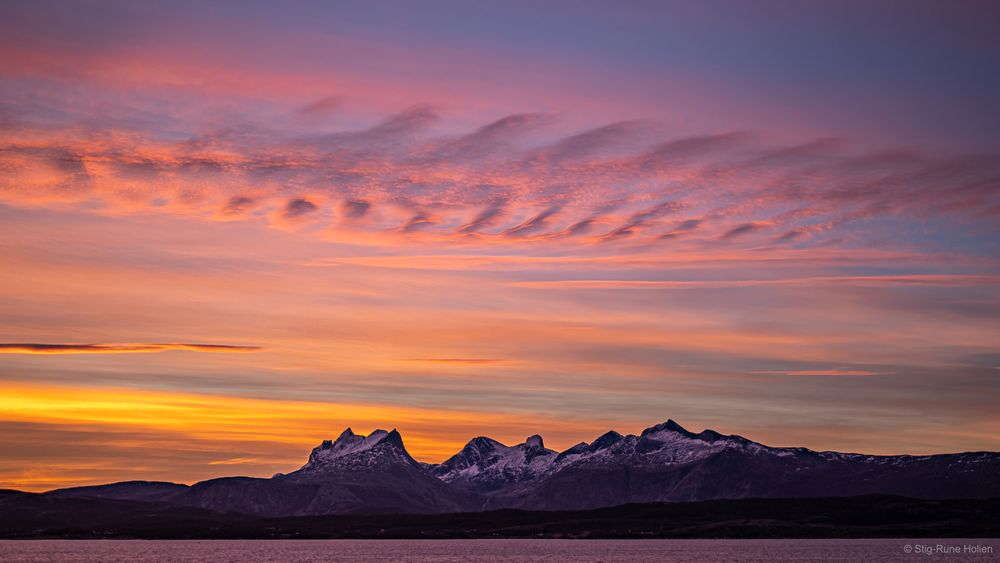 Photo in Nature #sky #pink #mountains #ocean