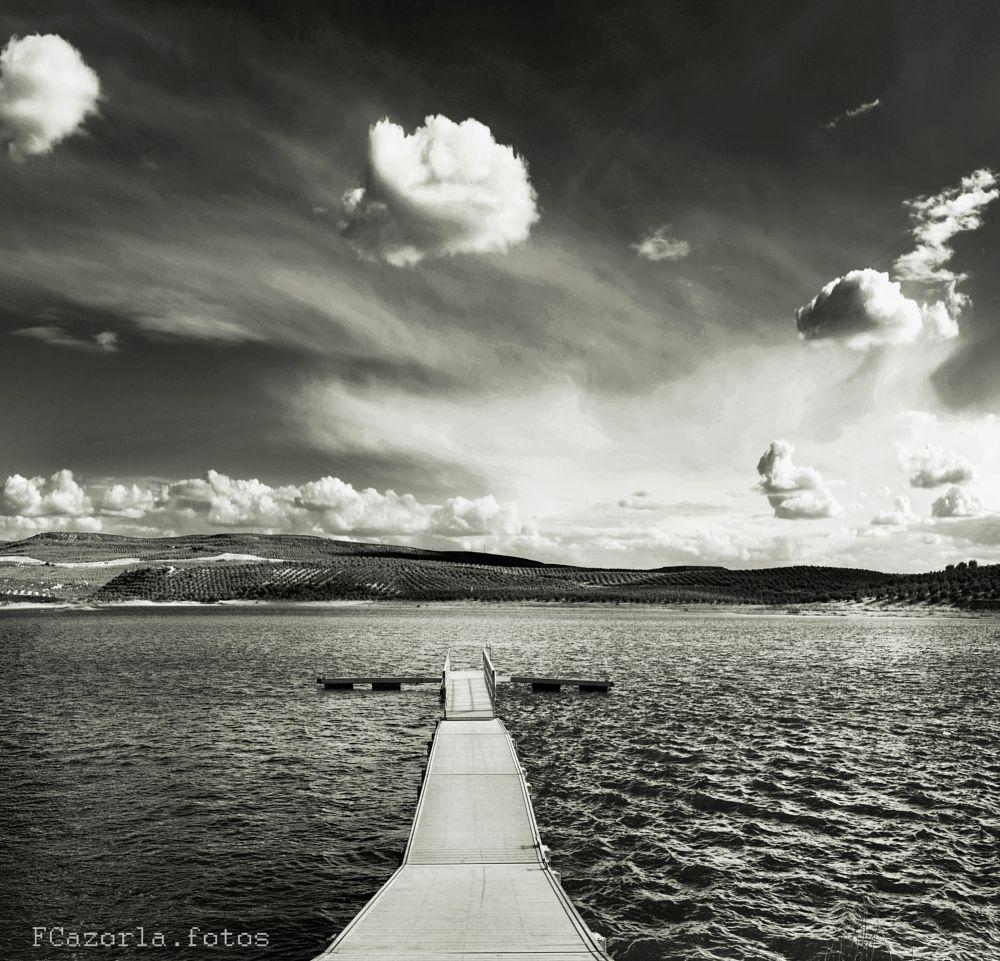 Photo in Black and White #black and white #landscape #lake #sky #random #travel #nikon #jaén #andalucía