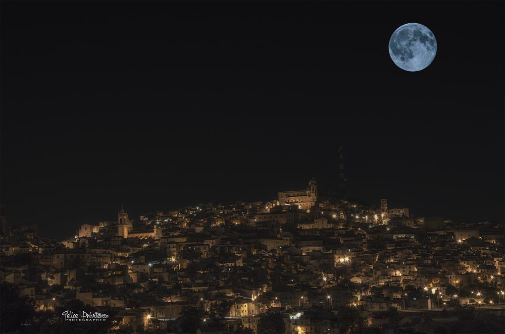 Photo in Landscape #moon #blue #skyline #caltagirone #luna #beautiful #amazing #bestshot