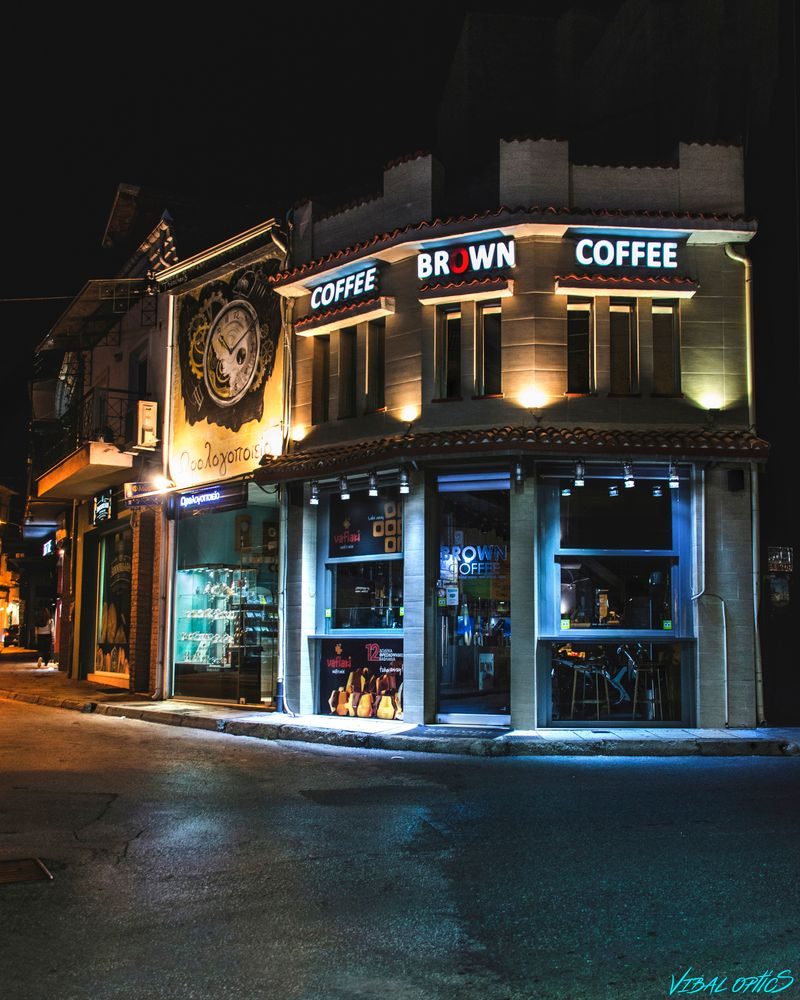 Photo in Urban #night #streets #empty #thank you covid!!! #cinematic #greece #kastoria #lights #building #coffee