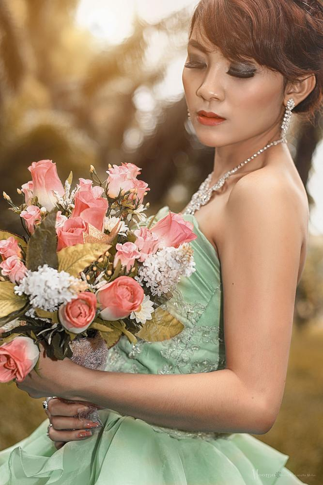 Photo in People #model #girl #fashion #beauty #female #photography #medan #women #canon