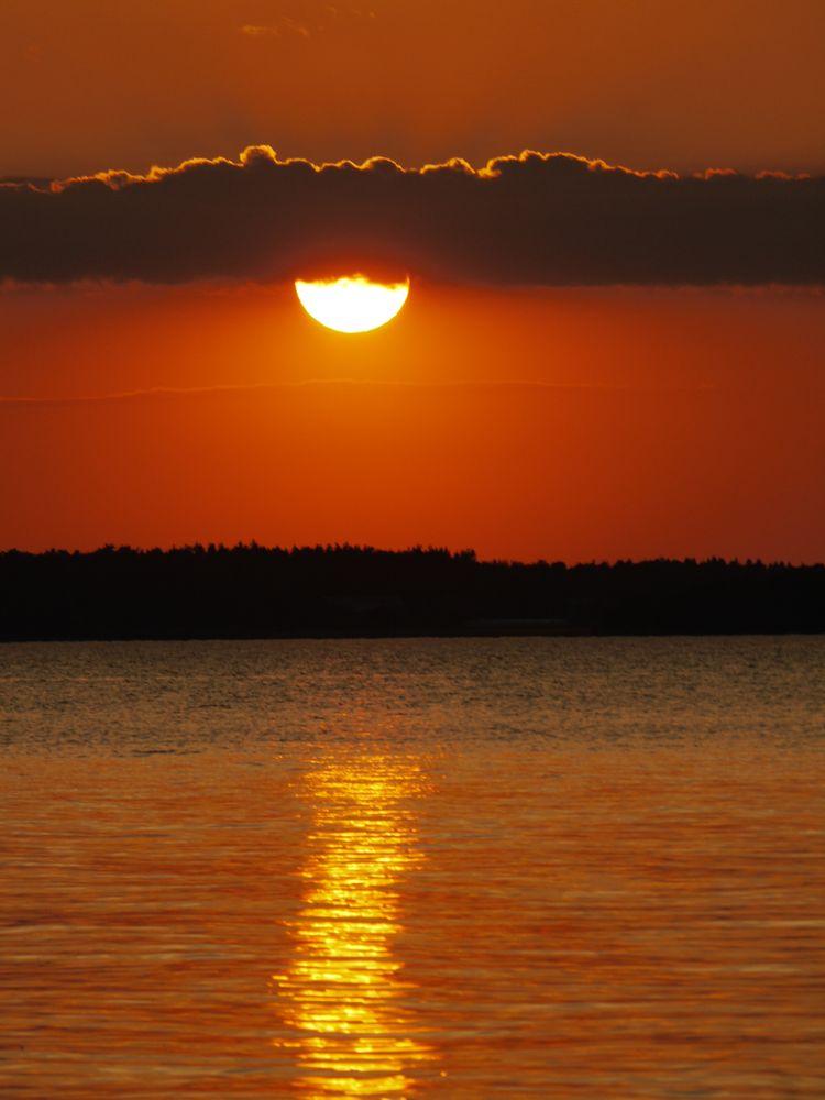 Photo in Nature #orange #swedish #sunset #sun #cloud #lake #calm #tranquil #idyllic #sweden #sverige #water #summer