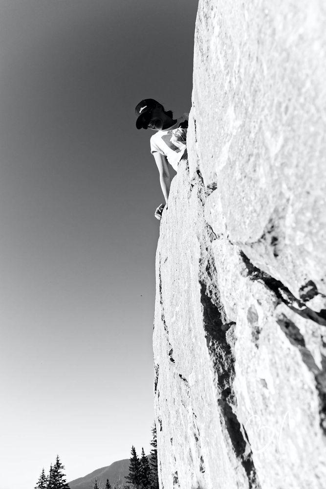Photo in Random #climb #climbing #roc #mountain #portrait #girl #woman #nature #sport #fitness #body