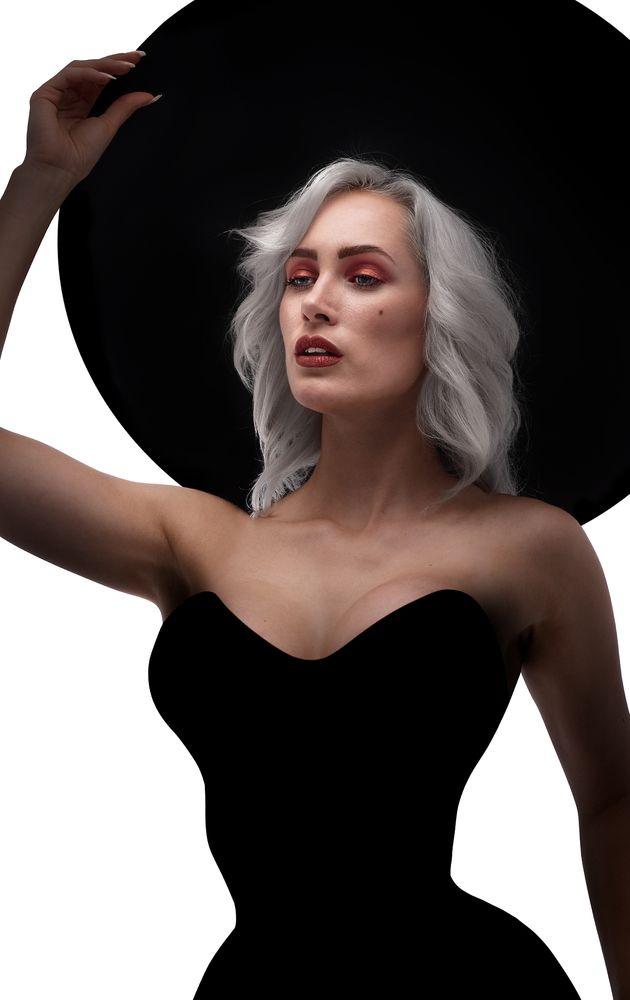 Photo in Portrait with model Simone Stocks