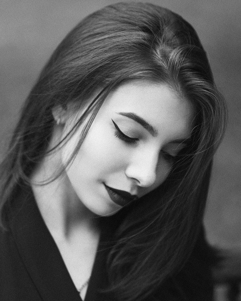 Photo in Portrait #model #face #female #nikon #beautiful #portrait #instagram