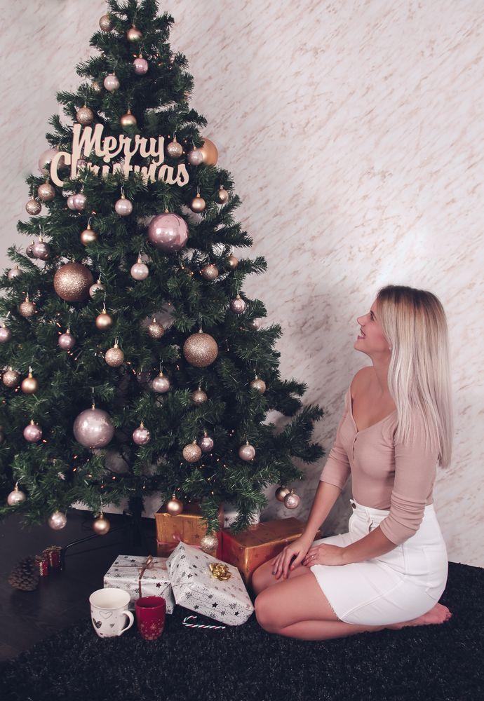 Photo in Random #christmas #tree #portrait #girl #young #free #blonde hair #cute #gift #studio