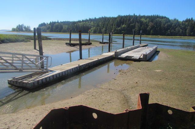 Photo in Nature #water #fishingdock #sand #tree #island #grass #nature #outdoors #photograghy