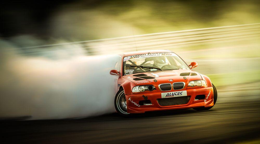 Photo in Vehicle #drift #smoke #smokin' machine #bmw #e46 #m3 #2jz #drifting