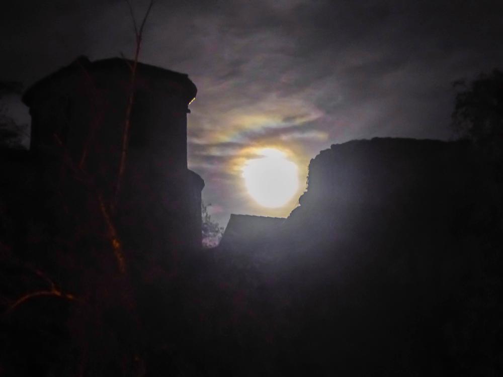 Photo in Landscape #lune nuit mystére