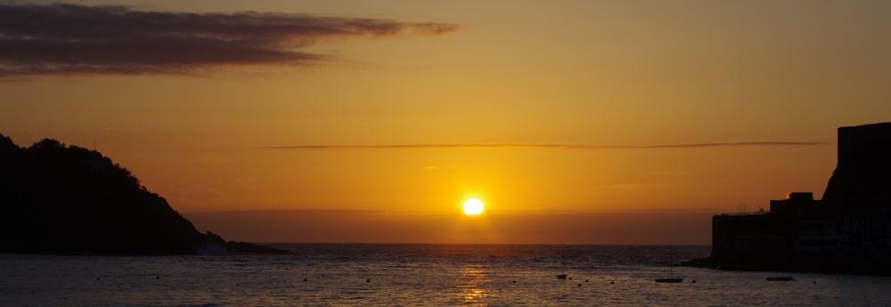 Photo in Landscape #sunset #sun #sea #donostia #heat #summer