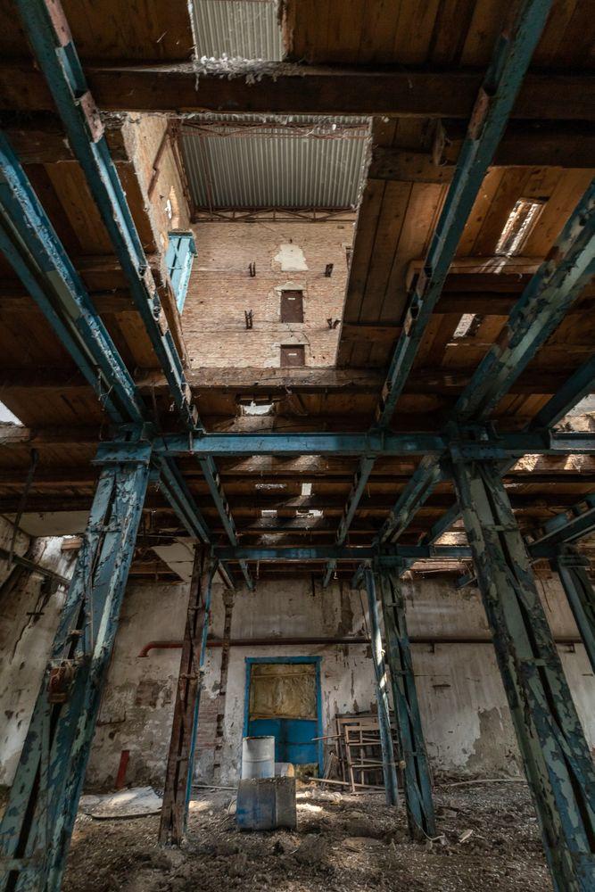 Photo in Random #urbex #mill #abandoned #burntout