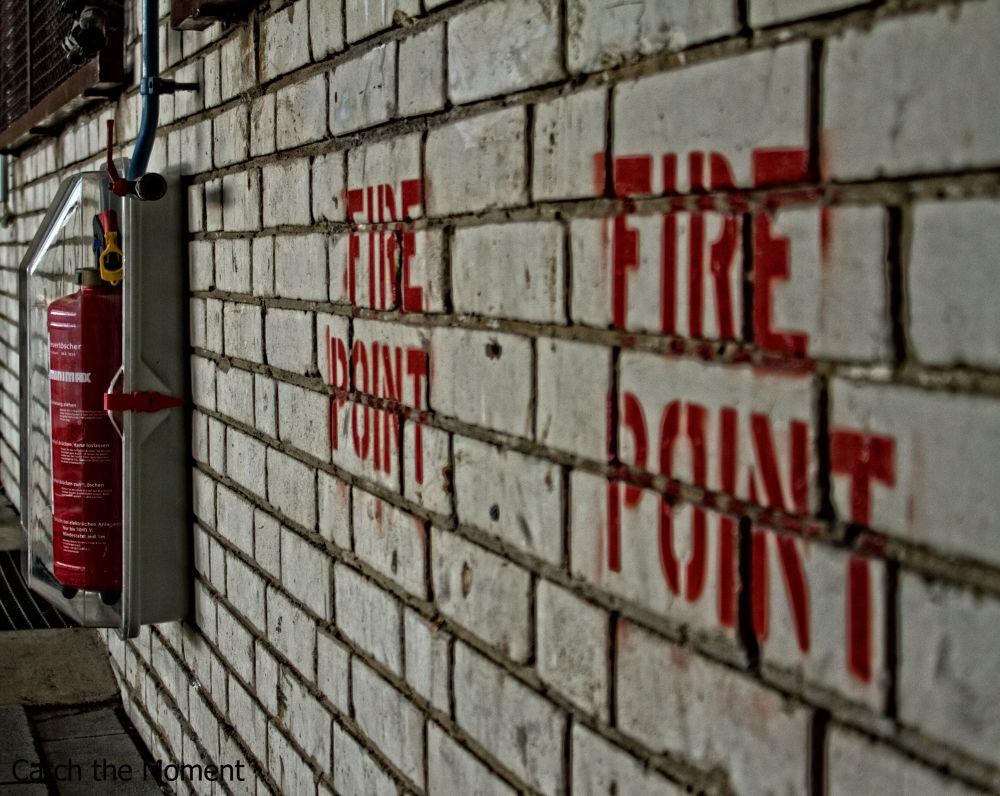 Photo in Architecture #fire #firepoint #mauer #feuerlöscher #alt #lost place