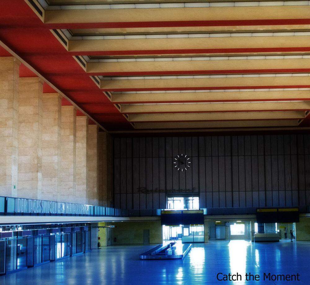 Photo in Architecture #flughafen #airport #leer #lost place #verlassen #stille