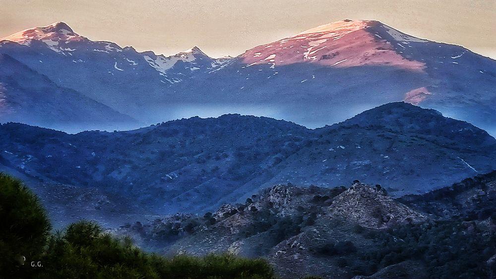 Photo in Rural #hory #montañas #sierra nevada #nieve #colores