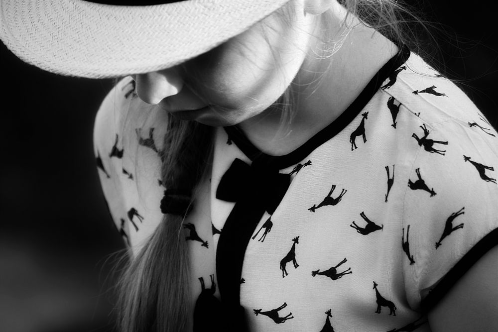 Photo in Portrait #portrait #girl #young #hat #summertime #summer #mood #mesphotography #blackandwhite