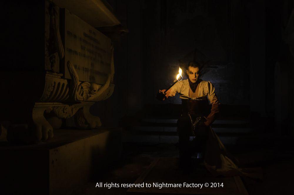 Photo in Fine Art #dead #vamp #light