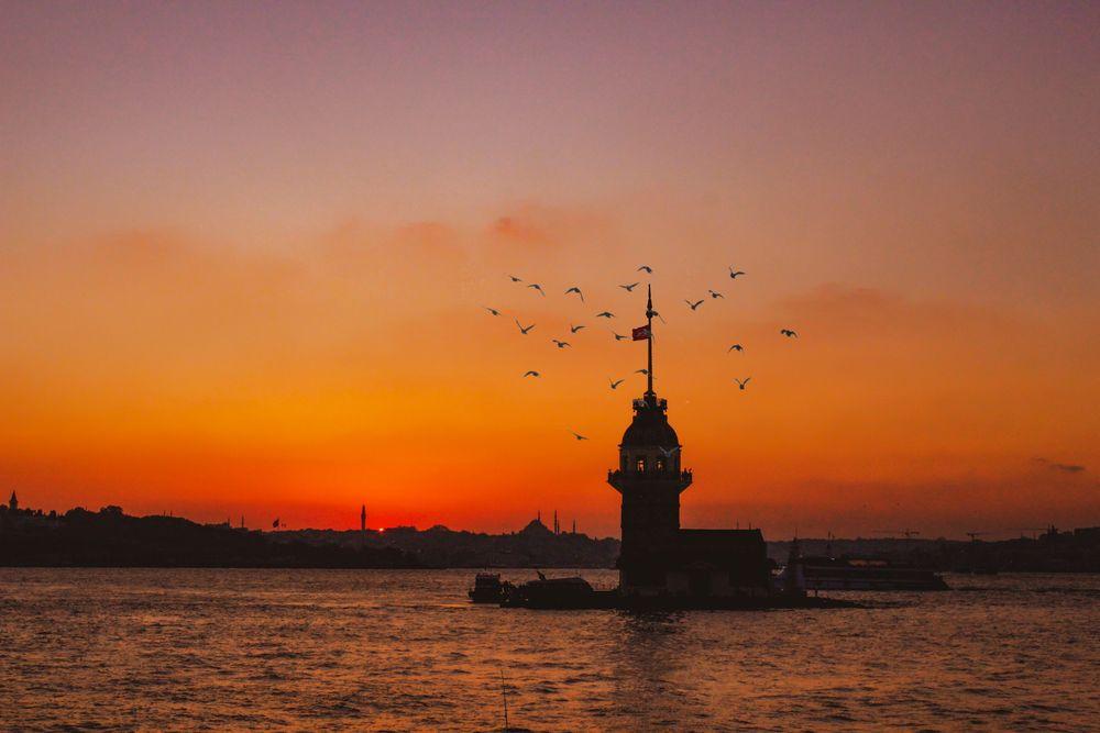 Photo in Travel #i̇stanbul #sunset #sea #sky #tower #turkey #birds #mosque #kız kulesi