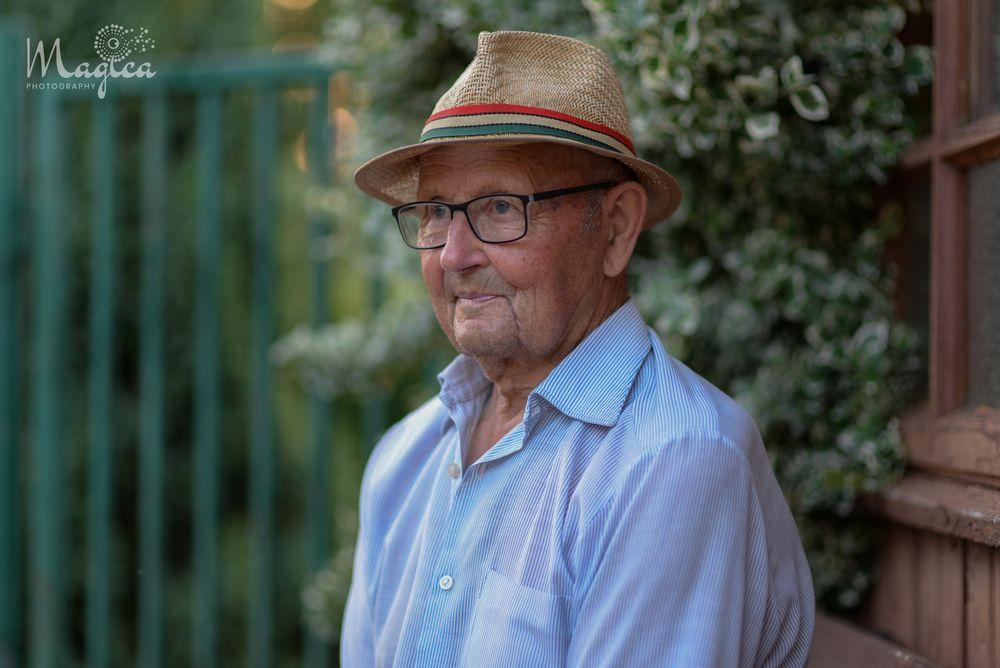 Photo in Portrait #elderly oldman oldsoul man man