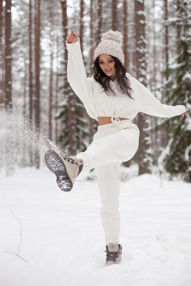 Photo in Random #russian winter #русская зима #стильная зима #лес #модель #российская модель #ladyboo #no filter