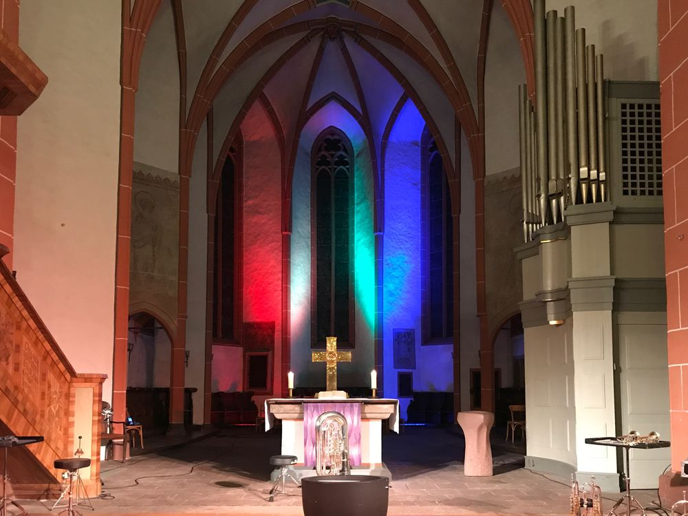 Photo in Architecture #colours #altar #kreuz #gotik #orgel #illumination