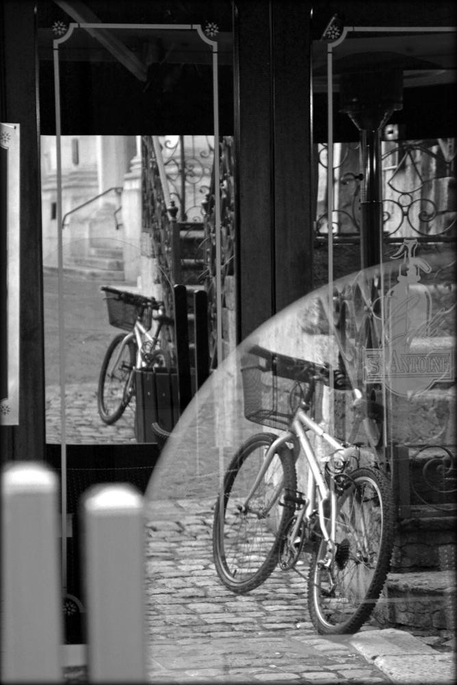 Photo in Street Photography #street #reflection #annecy #franse