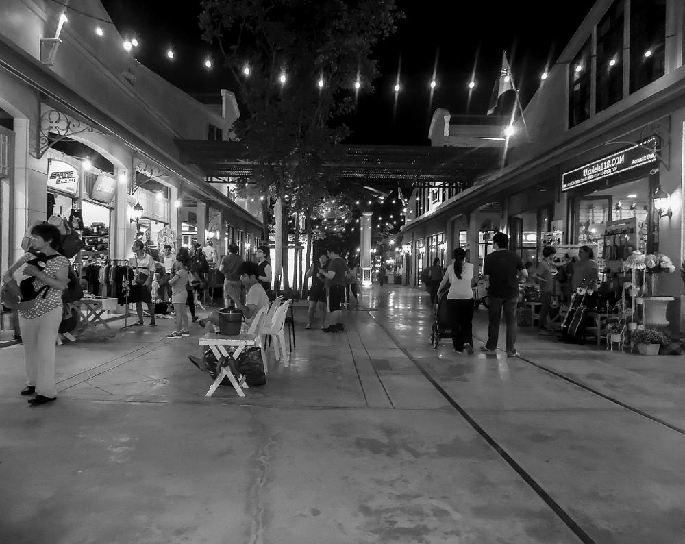 Photo in People #nightshot #nightscape #people #humanity #human interest #people at night #human #social #interaction #communication #street photography #street #human photography #street photo #black and white #bw #bnw #bw photo #bnw photo #monochrome #fineart