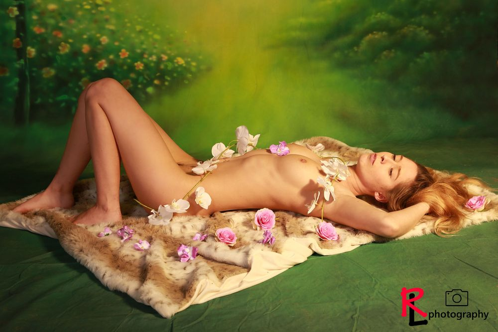 Photo in Nude #nude #beauty #blonde #girl #model #flowers #green #sexy #photoshoot #sensual #modeling #pretty #studio