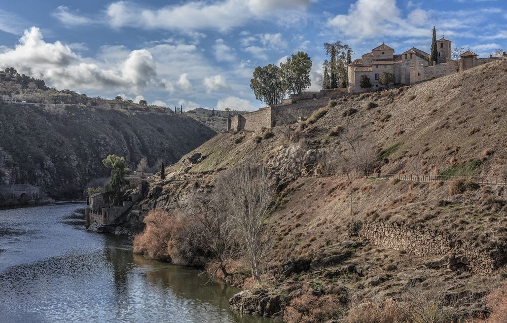 Photo in Landscape #landscae #toledo #spain #river #sky #clouds #castle