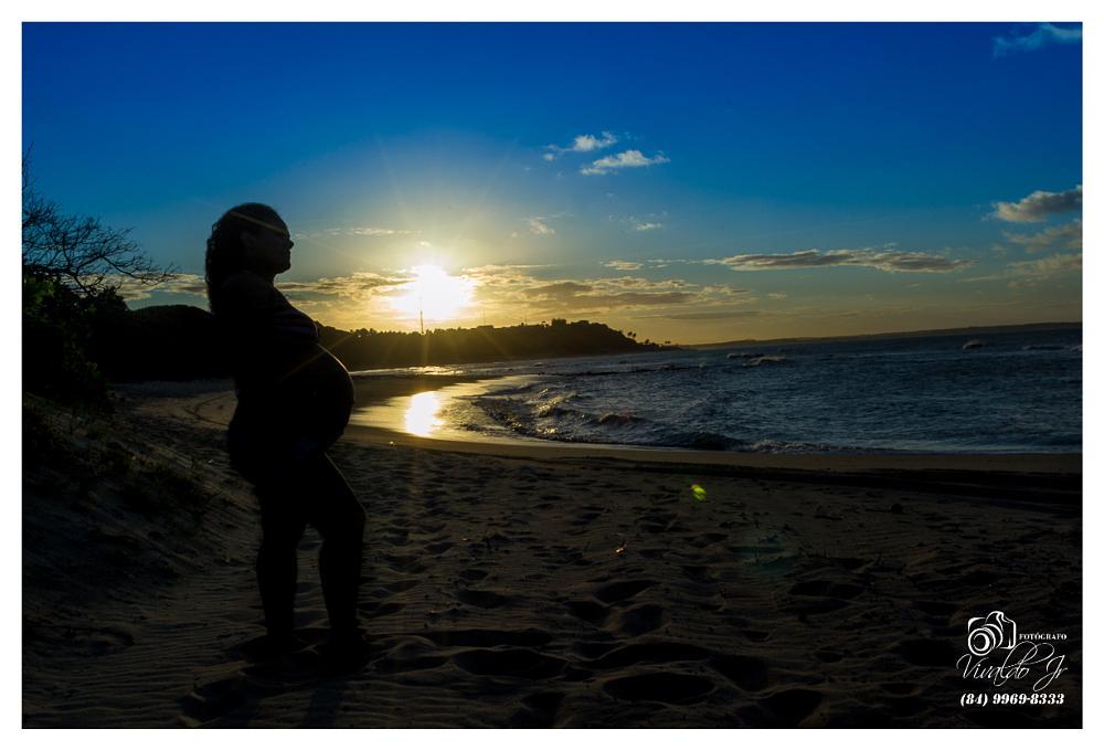 Photo in People #praia #beach #baía formosa #baía #formosa #grávida #pregnant #silhueta #silhouete