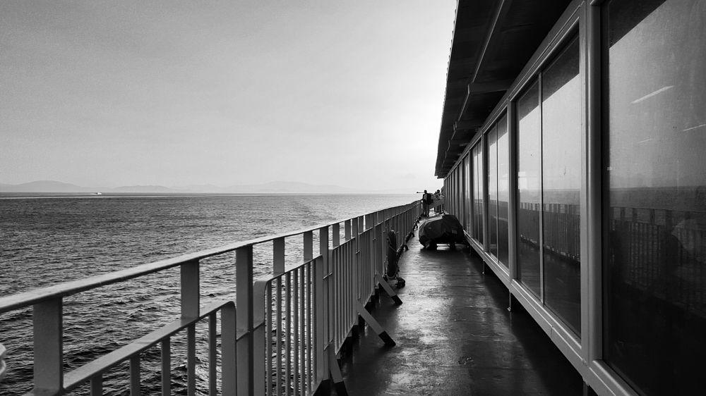Photo in Travel #black&white #bnw #bw #noir #monochrome #travel #ship #sea #horizon
