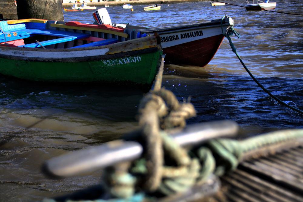 Photo in Random #portugal #alcochete #boats #fishing #rope #sea #ocean #docks #waves