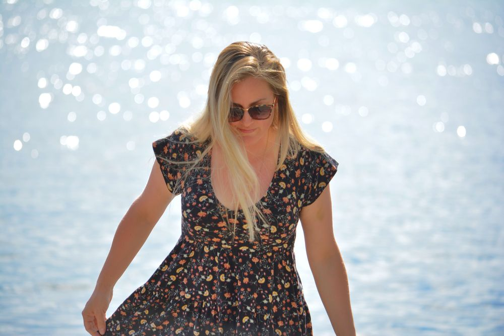 Photo in Portrait #blonde #water #sunlight