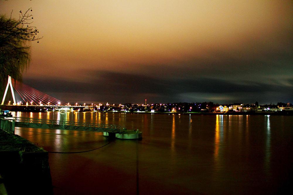 Photo in Cityscape #neuwied #rhein #rhine #bridge #water #evening #november #autumn #sky #orange #germany #deutschland #abend