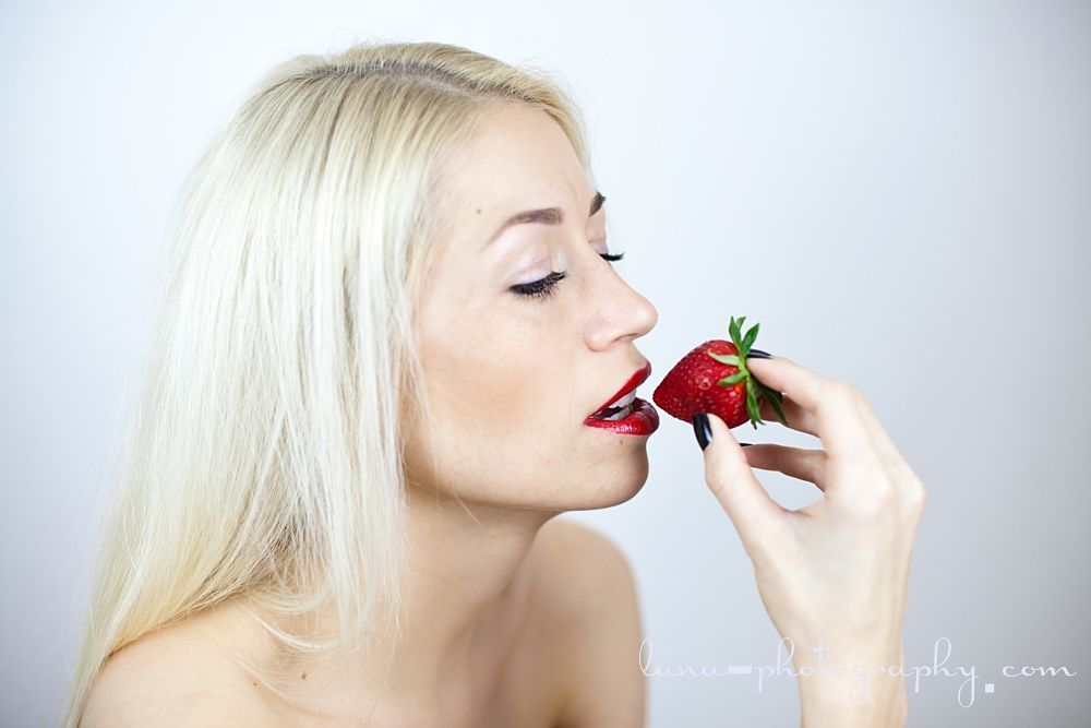 Photo in Random #red lips blonde woman fashion
