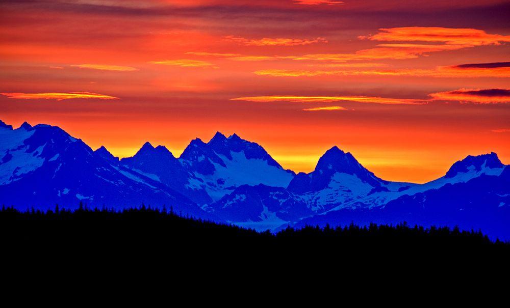 Photo in Landscape #alaska #sunrise #mountains