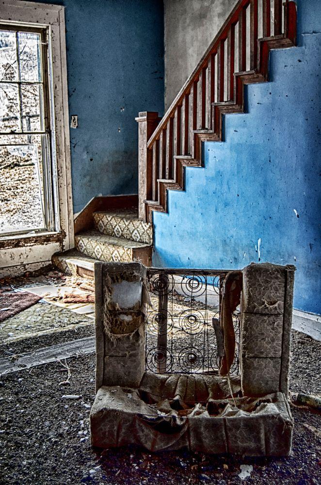 Photo in Random #abandonded #blue #house