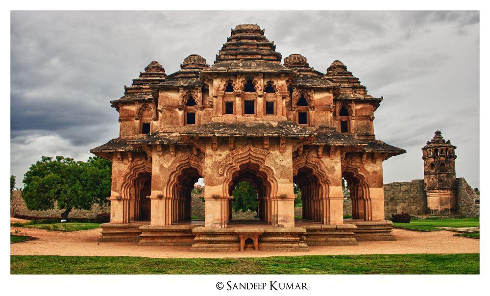 Photo in Architecture #ypa2013 #sandeepmv #skfotography #sandeep kumar #8884922253