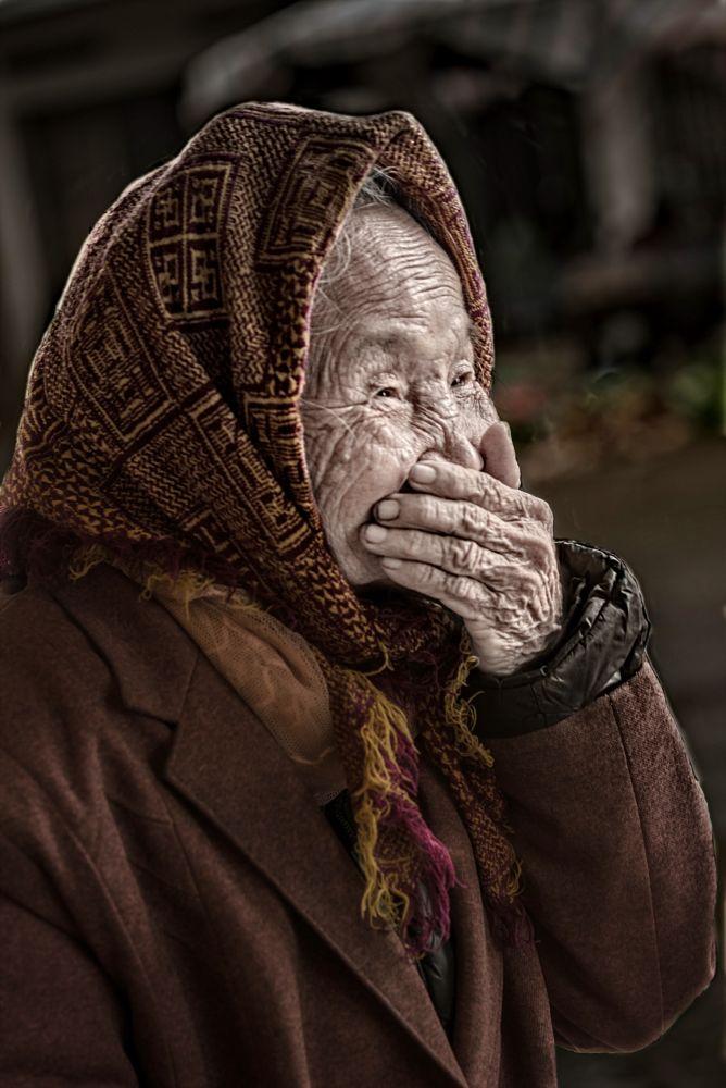 Photo in Portrait #people #portrait #woman #vietnamese #smile