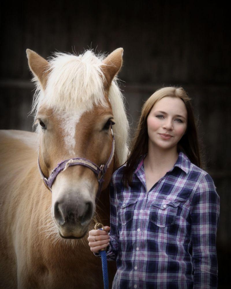 Photo in Portrait #horse #senior photos #portraits #farm