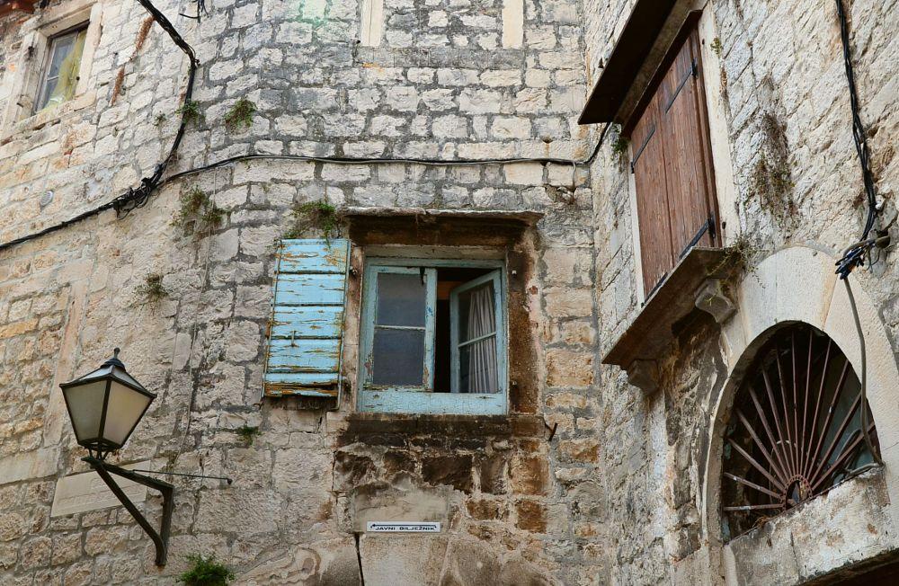 Photo in Travel #window #lantern #shutter #wall #trogir #croatia #hrvatska #corner #holiday #trip #summer #history