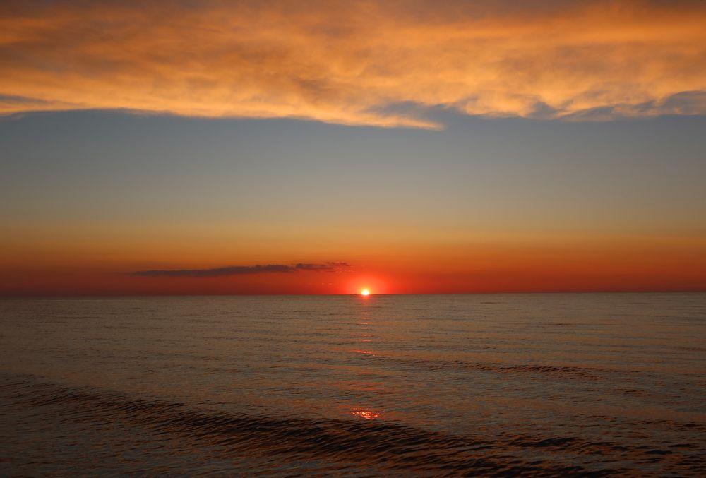 Photo in Landscape #sunset #sea #sky #cloud