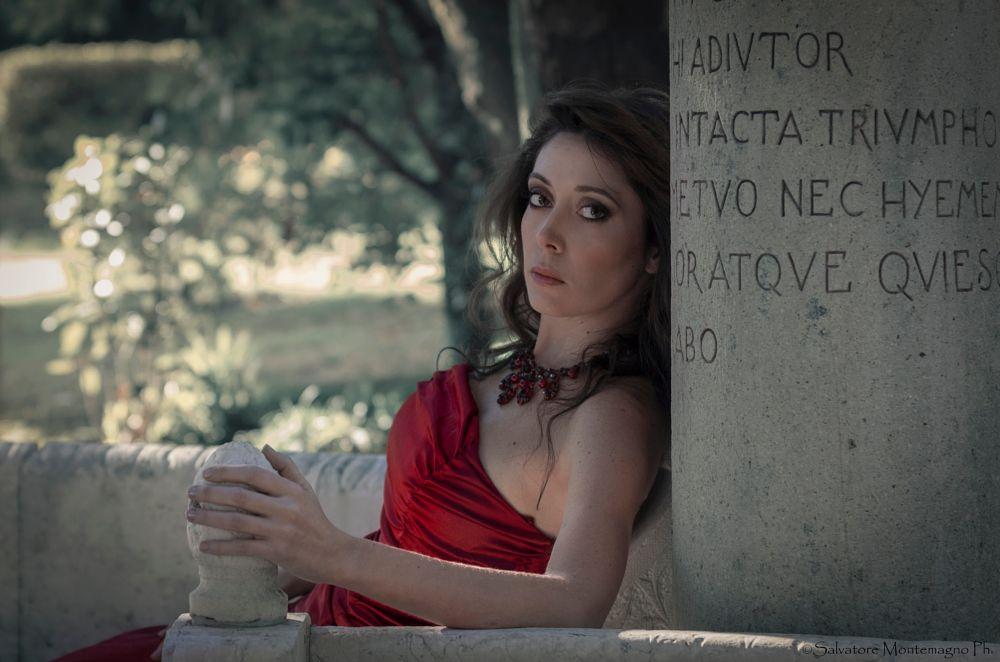 Photo in Random #donna #woman #red #rosso #model #modella #cantante #lirica #occhi #outdoor #pentax #k5