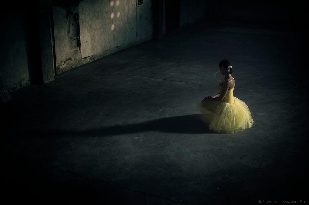 Photo in Random #ballerina #dancer #danza #ballet #woman #donna #yellow #giallo #pentax #k5 #interno #indoor